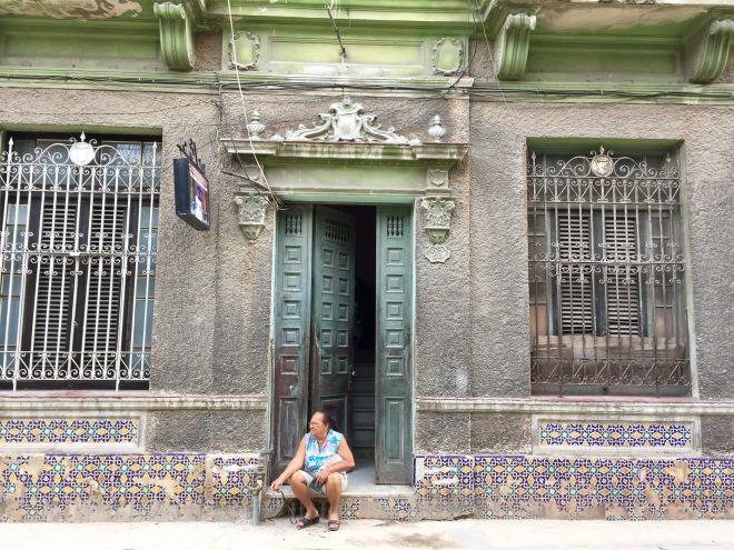 Una Cubana Casita